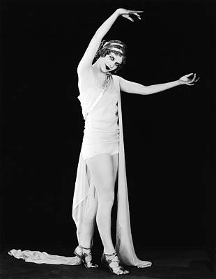 Actress As The Goddess Hera Print by Underwood Archives