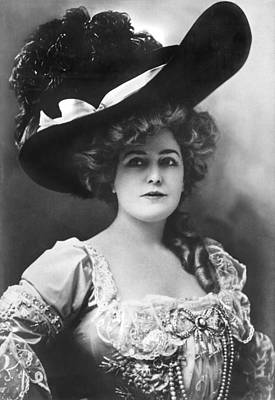 Actress Lillian Russell Print by Underwood Archives