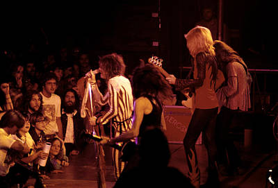 Gallery Photograph - Aerosmith On Stage by Kevin Cable