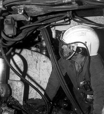 Airstream Helmet Coal Mine Tests Print by Crown Copyright/health & Safety Laboratory Science Photo Library