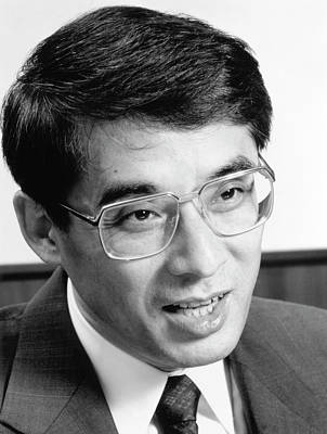 Franklin Photograph - Akira Tonomura by Emilio Segre Visual Archives, Physics Today Collection/american Institute Of Physics