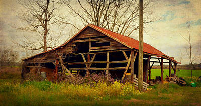 Alabama Pole Barn Print by Carla Parris