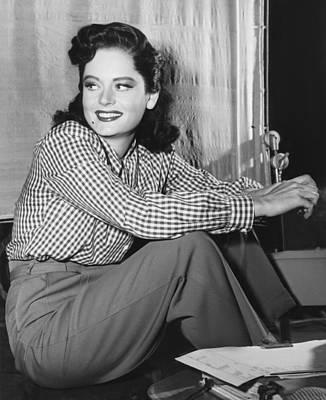 Beauty Mark Photograph - Alexis Smith, Ca. Mid-1940s by Everett