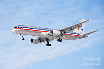 No People Photograph - Amercian Airlines Boeing 757 Airplane Landing by Paul Velgos