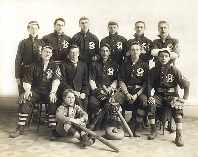 An Early Sf Baseball Team Print by Underwood Archives