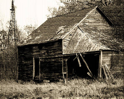Old House Photograph - An Era Past by Maggy Marsh