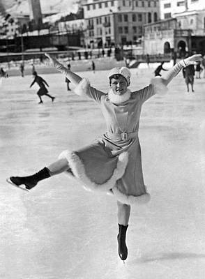 An Ice Dancer Shows Her Moves Print by Underwood Archives