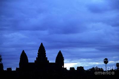 Angkor Wat Sunrise 01 Print by Rick Piper Photography