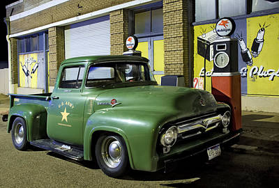 Antique Ford Pickup Print by Dave Dilli
