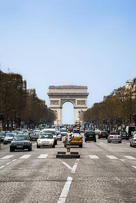 Arches Memorial Photograph - Arch Of Triumph In Paris by Nila Newsom