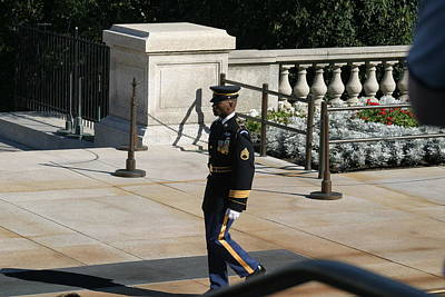 Soldiers Photograph - Arlington National Cemetery - Tomb Of The Unknown Soldier - 12125 by DC Photographer