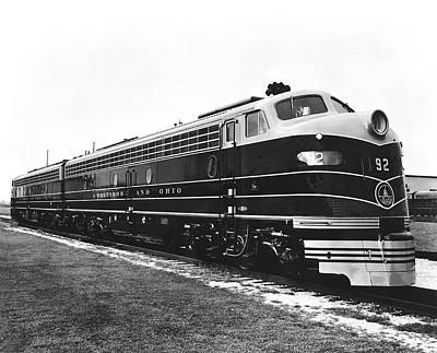 Ohio Photograph - B & O New Diesel Engines by Underwood Archives