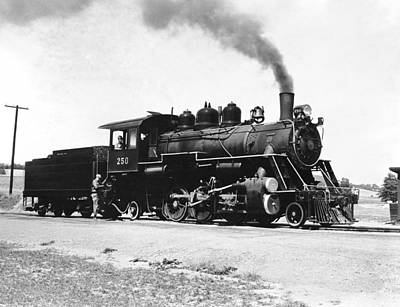 Train Tracks Photograph - Baldwin Locomotive 250 by Underwood Archives