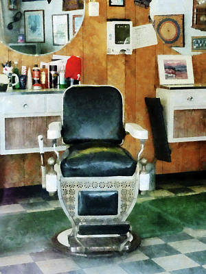 Barber - Barber Chair Front View Print by Susan Savad