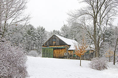 Snow Photograph - Barn In Winter by Donna Doherty