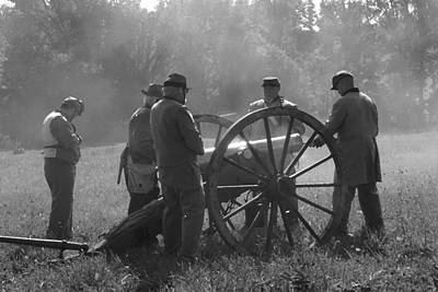 Battery Preparing For Action - Perryville Ky Print by Thia Stover