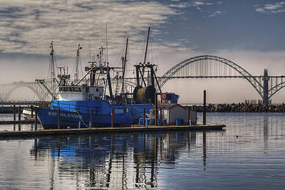 Gothic Bridge Photograph - Bay Island Docked - Newport Oregon by Mark Kiver