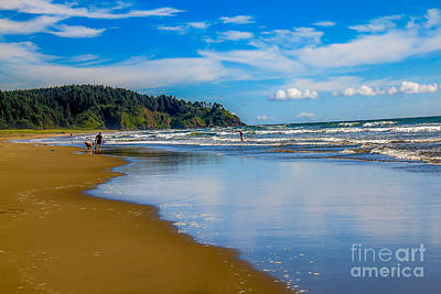 Haybales Photograph - Beach Fun  by Robert Bales