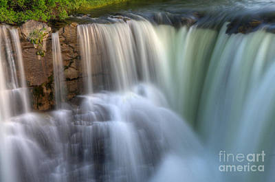 Beauty Of Water Print by Bob Christopher
