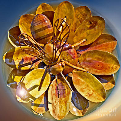 Abstrac Photograph - Bee To The Flower by Tom Gari Gallery-Three-Photography