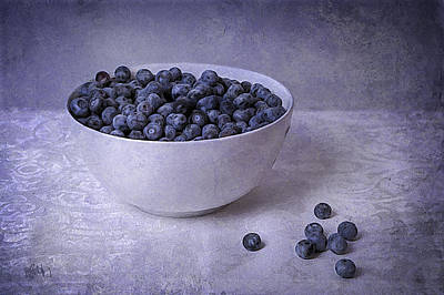 Blueberry Mixed Media - Berries In White Bowl by Michael Petrizzo