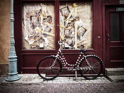Bikes Photograph - Bicycle by Ryan Wyckoff