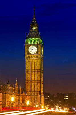 Big Ben By Night Print by Melanie Viola