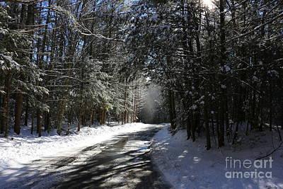 Bigelow Hollow Falling Snow   Print by Neal  Eslinger