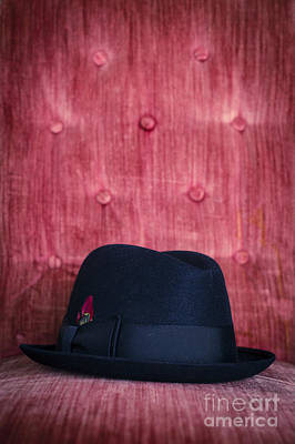 Black Hat On Red Velvet Chair Print by Edward Fielding