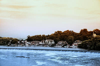Boathouse Row And Farmount Dam Print by Bill Cannon