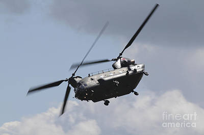 Raf Photograph - Boeing Chinook by J Biggadike