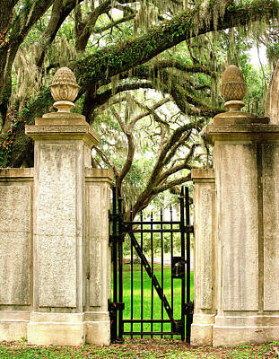 Bonaventure Cemetery Gate Savannah Ga Print by William Dey