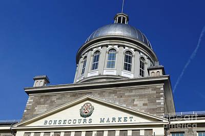 Que Photograph - Bonsecours Market Silver Dome by Jason O Watson