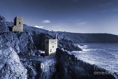 Engine House Photograph - Bottallack In Blue by Rob Hawkins