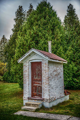 Antique Outhouse Photograph - Brick Outhouse by Paul Freidlund