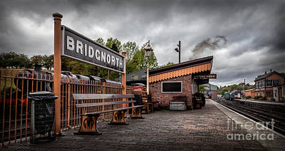 Window Bench Digital Art - Bridgnorth Railway Station by Adrian Evans