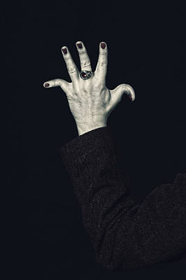 Black Ring Photograph - Broken Fingers by Joana Kruse
