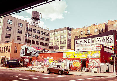 Graffiti Photograph - Brooklyn - New York City - Williamsburg by Vivienne Gucwa