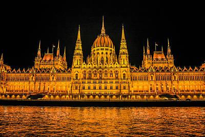 Budapest Duna Original by Chris Smith