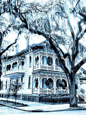 Old House Photograph - Bull Street House Savannah Ga by William Dey