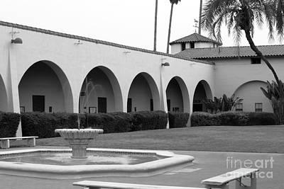 Csu Photograph - Cal Poly Pomona Union Plaza by University Icons