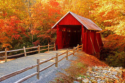 Campbells Covered Bridge Photograph - Autumn At Campbell's Covered Bridge by Johan Hakansson
