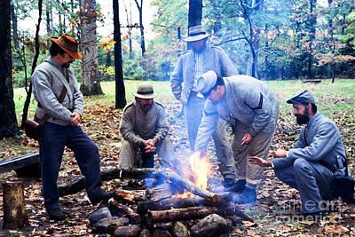 Campfire Confederates Print by Thomas R Fletcher