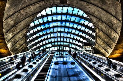 London Tube Photograph - Canary Wharf Station by David Pyatt
