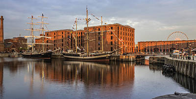 Canning Dock And Albert Dock Print by Paul Madden