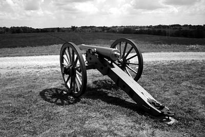 Cannon Overlooking Battlefield - Perryville Ky Print by Thia Stover