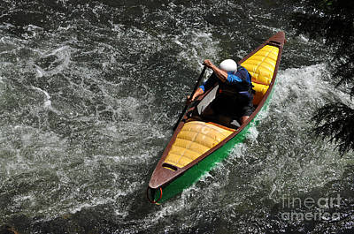 Canoe Photograph - Canoe In Whitewater by Les Palenik