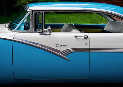 Window Bench Photograph - Car - Victoria 56 by Mike Savad
