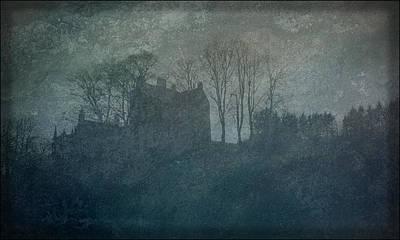 Liz Alderdice Photograph - Castle On The Hill by Liz  Alderdice