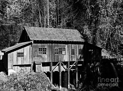 Neurotic Images Photograph - Cedar Creek Grist Mill 1bw by Chalet Roome-Rigdon